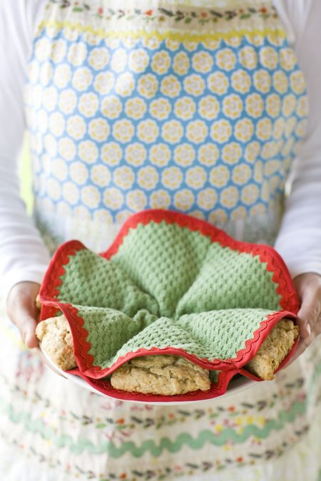 DIY Scone Cozy Craft Project
