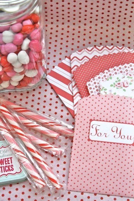 Free Paper Treat & Gift Bag Download