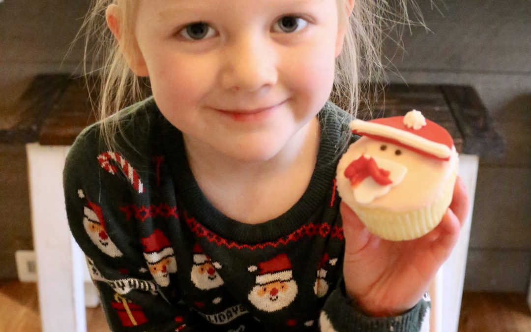 Children's Christmas Cupcakes