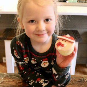 Children's Christmas Cupcakes