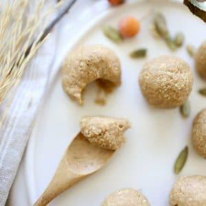 """Nutritious Pumpkin Spice """"Cookie Dough"""" Bites"""